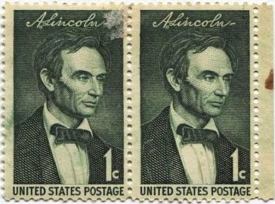 1959 1c Abraham Lincoln Stamp Pair of Joined Mint