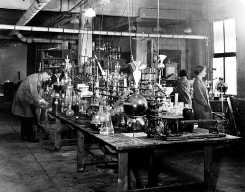 Kodak Research Laboratories in Rochester, New York, in 1920/ Courtesy of Kodak
