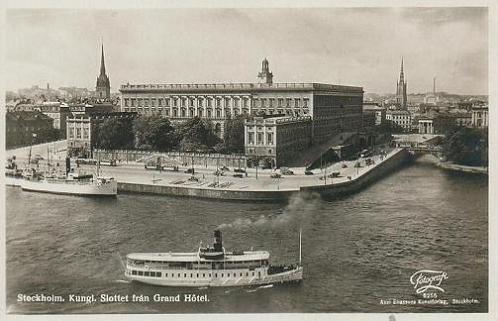 Vykort - Kungliga Slottet från Grand Hotel i Stockholm